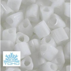 TOHO rokajl (Triangle 3mm) Silver-lined frosted crystal